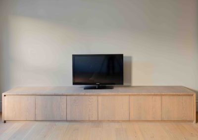 Low TV unit