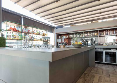 Deck Bar